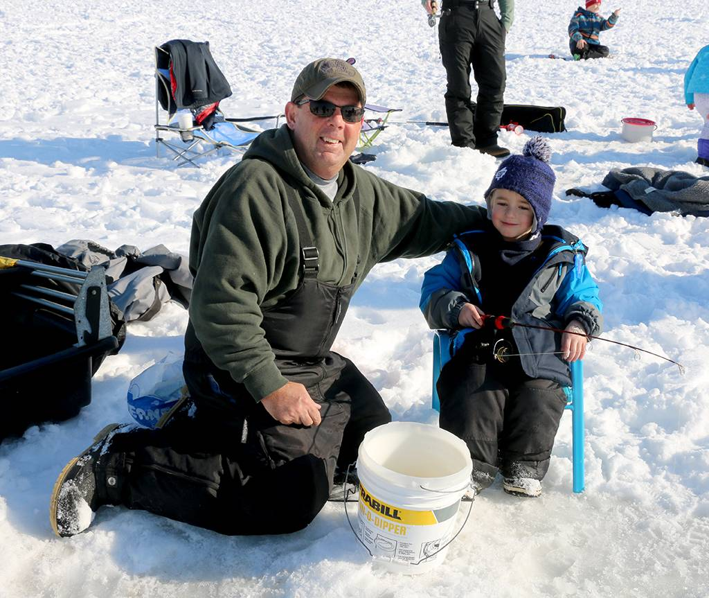 Inquinte ca warm reception at first cops and kids ice for Ice fishing derby