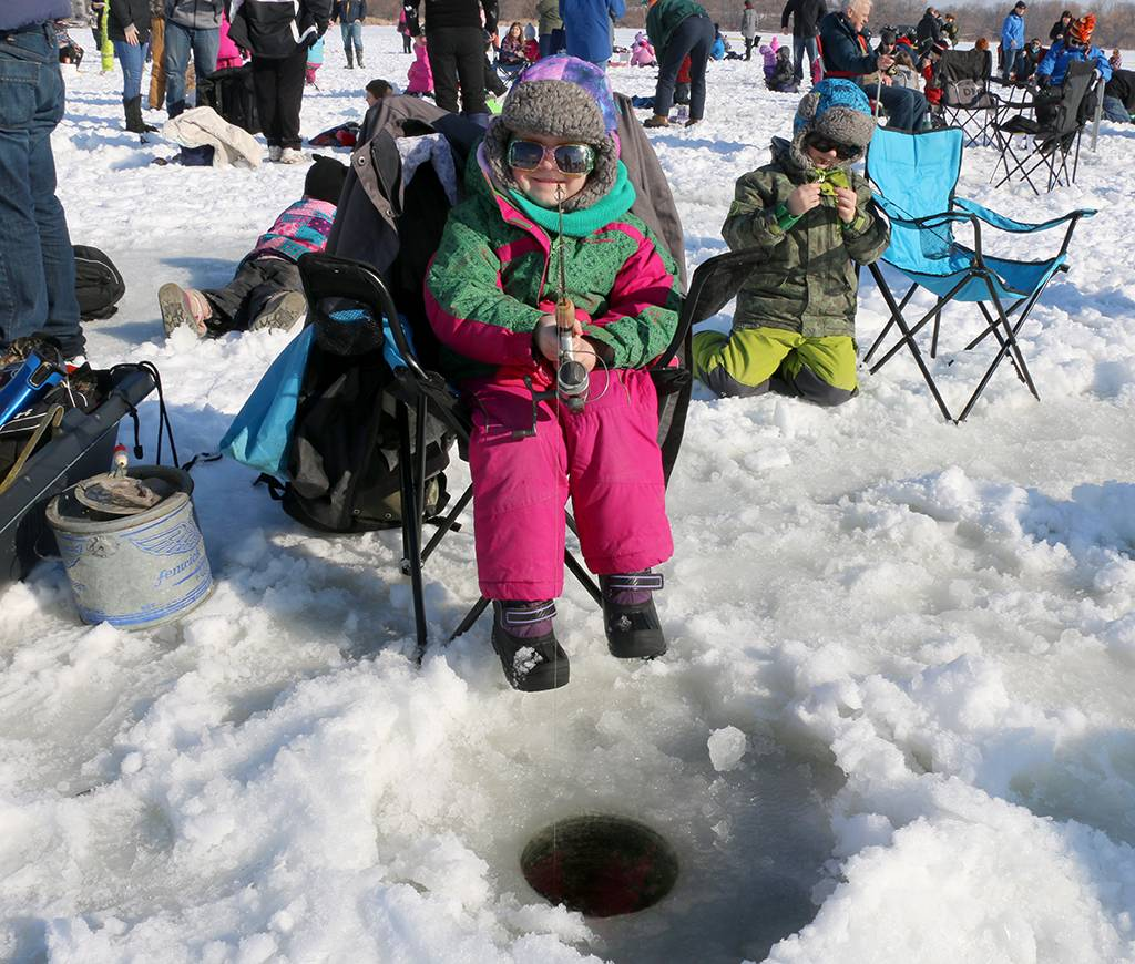 Inquinte ca warm reception at first cops and kids ice for Ice fishing tournament