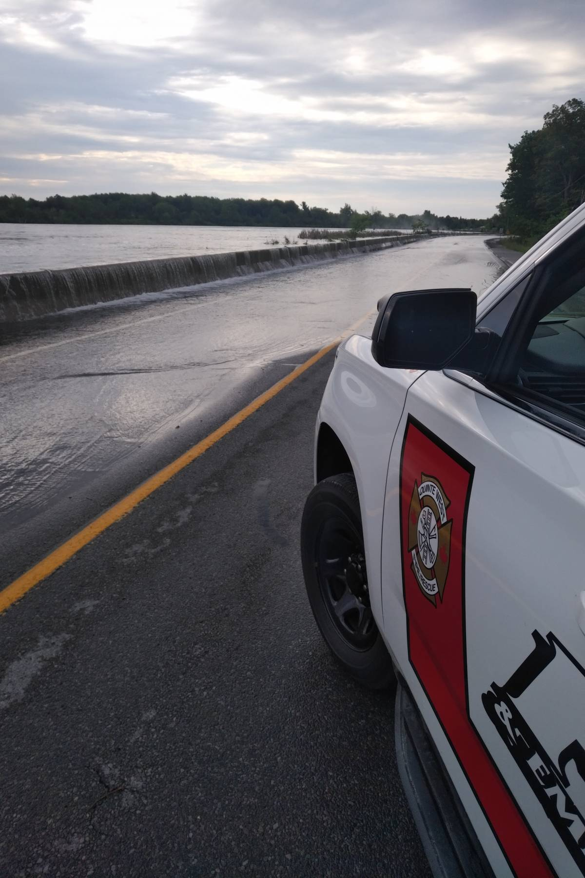 INQUINTE CA | UPDATE: County Road 33 in Quinte West closed because